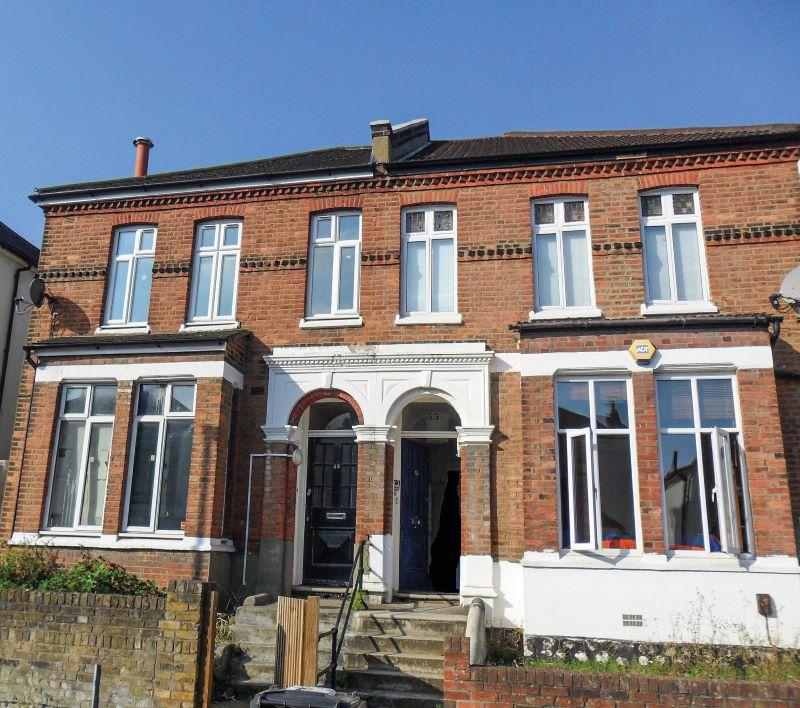 53 Thurlestone Road, London, SE270PE