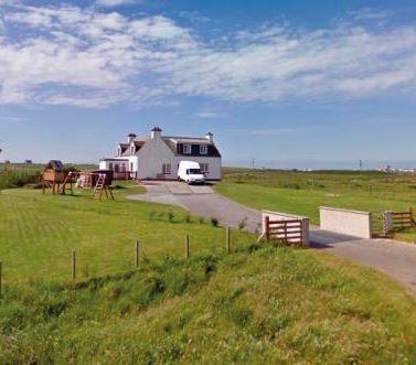 Fairview, 1 Uachdar, Isle of Benbecula, HS75LY