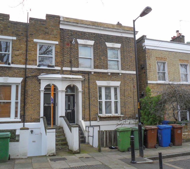 64 Kings Grove, London, SE152NB