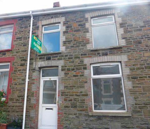 16 Albert Street, Caerau, Maesteg, Mid Glamorgan, CF340UF