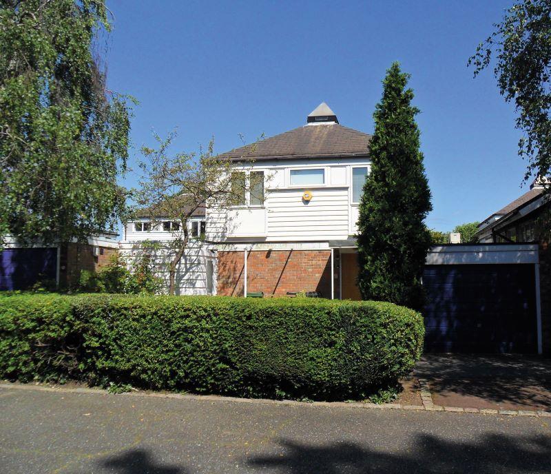 15 Walkerscroft Mead, London, SE218LJ