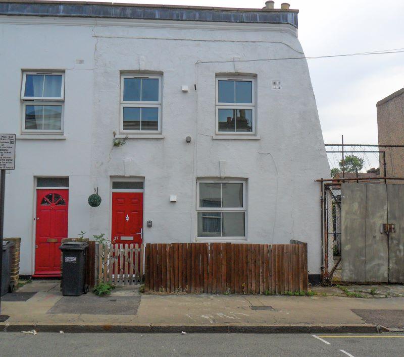 27 Sidney Road, London, SE255NB
