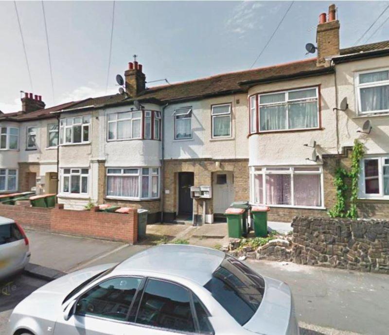 236 Dersingham Avenue, Manor Park, London, E126HW