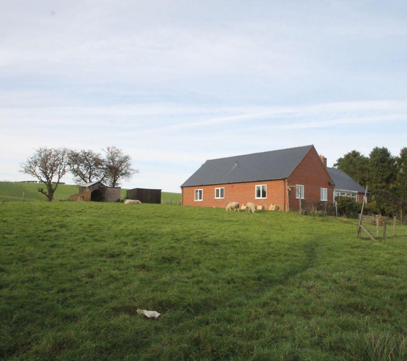 Bungalow, Woodside Farm, Trelystan, Leighton, Welshpool, Powys, SY218JB