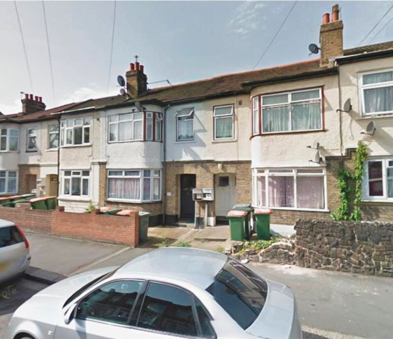 236 Dersingham Avenue, Manor Park, London, E12 6HW
