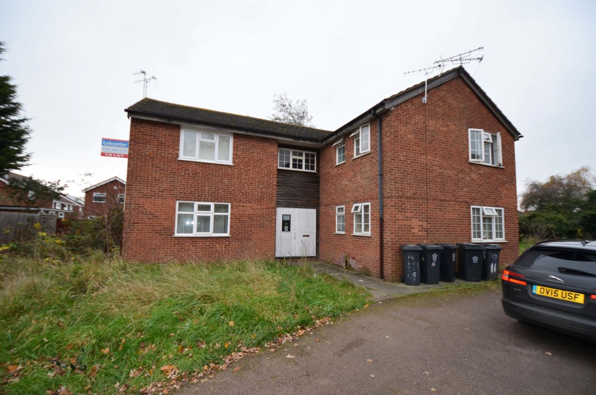 13 Longhurst Close, Leicester, Leicestershire