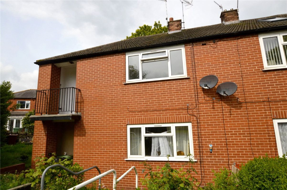 12 Langley Mount, Leeds, West Yorkshire