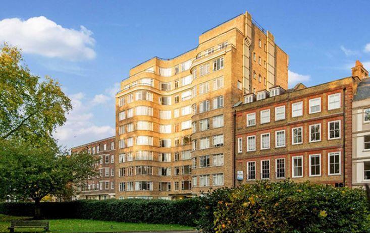 Flat 42 Florin Court 6-9, Charterhouse Square, London