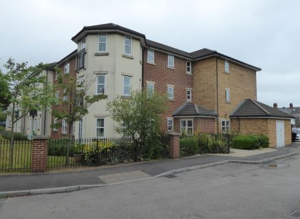 Property for auction in South Glamorgan)