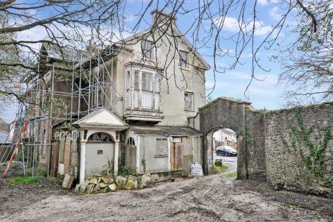 Chudleigh, Newton Abbot, Devon, TQ13