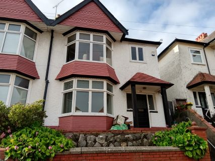 Property for auction in West Glamorgan)