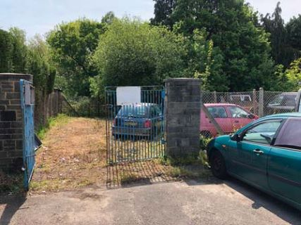 Property for auction in Hampshire)