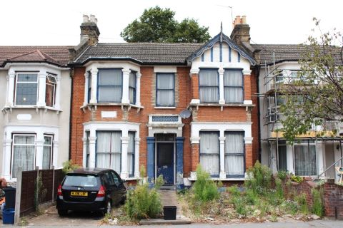 Property for auction in Essex)