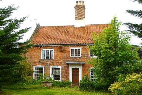 Ditchingham, Bungay, Suffolk, NR35