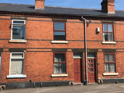 Property for auction in Derbyshire)