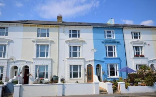 Property for auction in Kent)