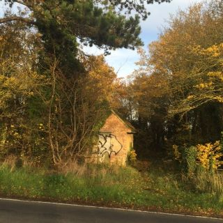 Property for auction in Oxfordshire)