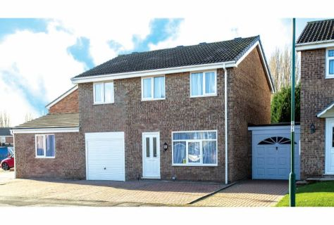 Property for auction in Nottinghamshire)