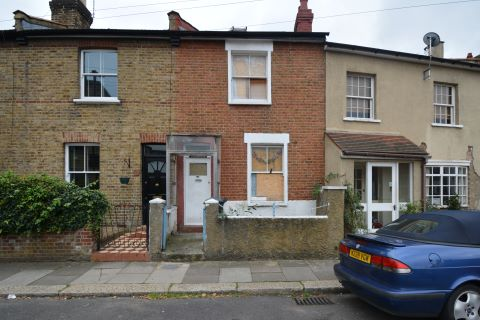 Property for auction in Middlesex)