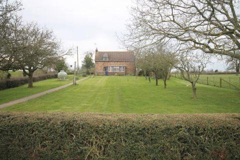 Minsterworth, Gloucester, Gloucestershire, GL2