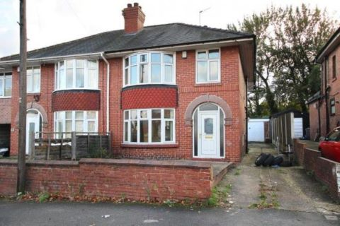 Property for auction in South Yorkshire)