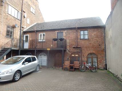 Property for auction in Cambridgeshire)
